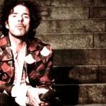 Zum 25-jährigen Jubiläum: Nikolai Tomás interpretiert Songs von Poems For Laila neu